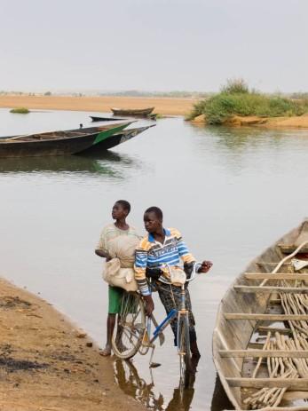 Djoliba - le long du fleuve Niger - Bamako - Mali ©B.SOLIGNY