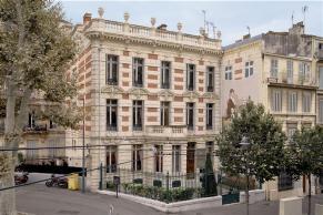 Hôtel particulier construit en 1876 par l'architecte Gabriel Clauzel pour Alexandre Labadié - Façade nord